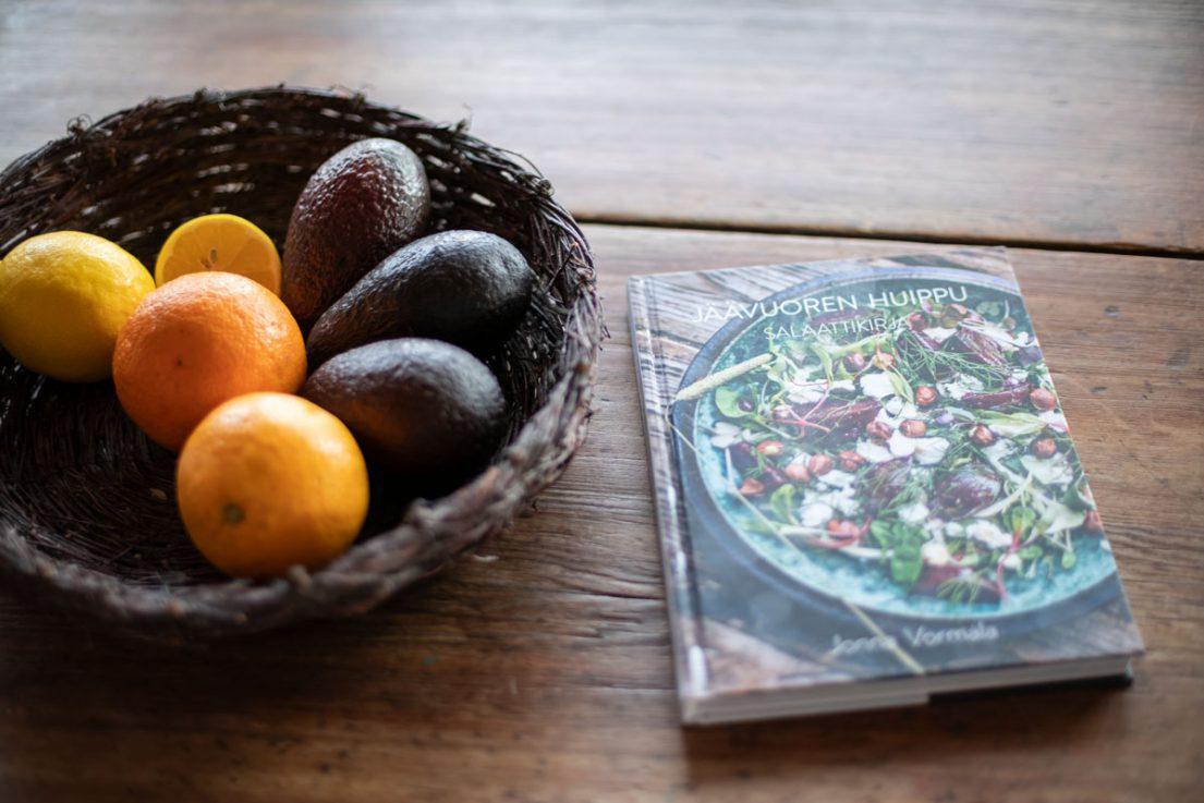 Jäävuoren huippu – Salaattikirja, Jonna Vormala, No Tofu Publishing