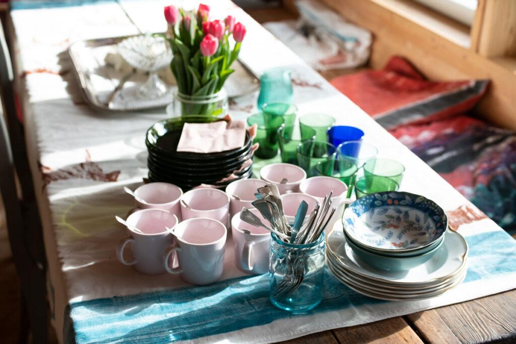 Pöytä on katettu – AILI