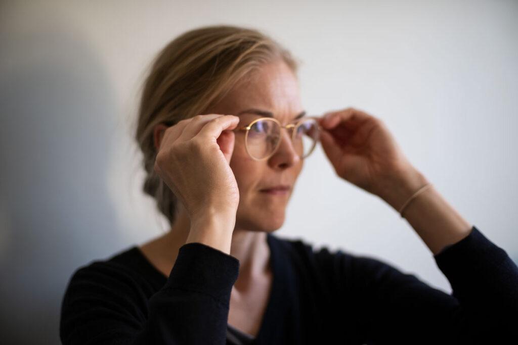 RayBan-klassikkokehys on kauniin värinen, korumainen silmälasinkehys.
